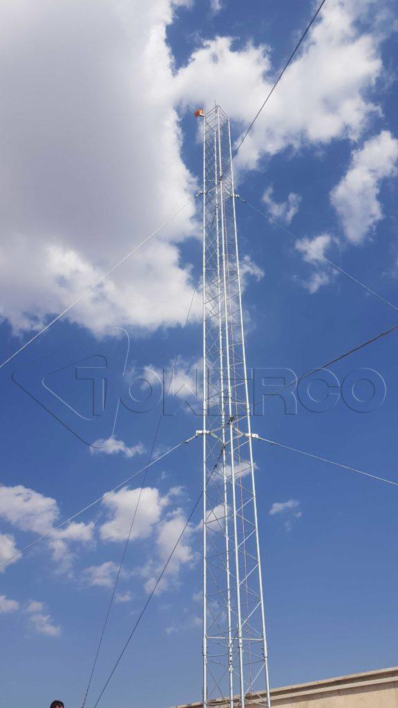 نصب دکل مهاری 15 متری